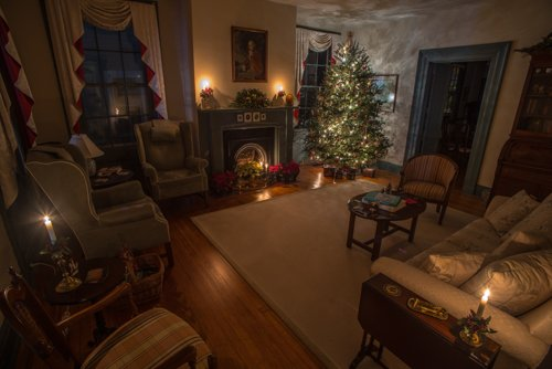 New Bern's Distinctive Architecture on Display During B&B's Holiday Open House