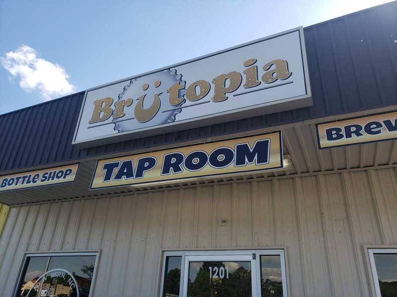 brutopia-taproom-beer-brewing-storefront-image