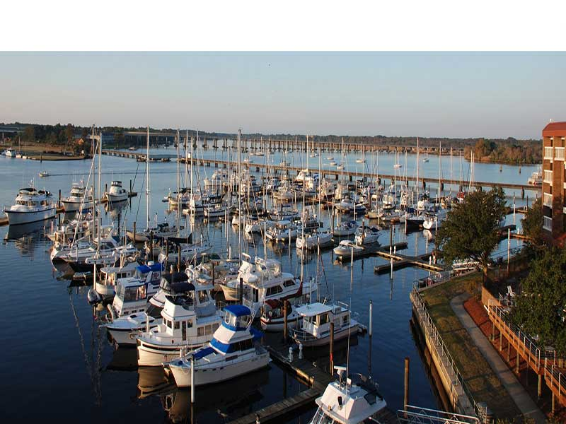 new-bern-grand-marina-yacht-club-nc-image