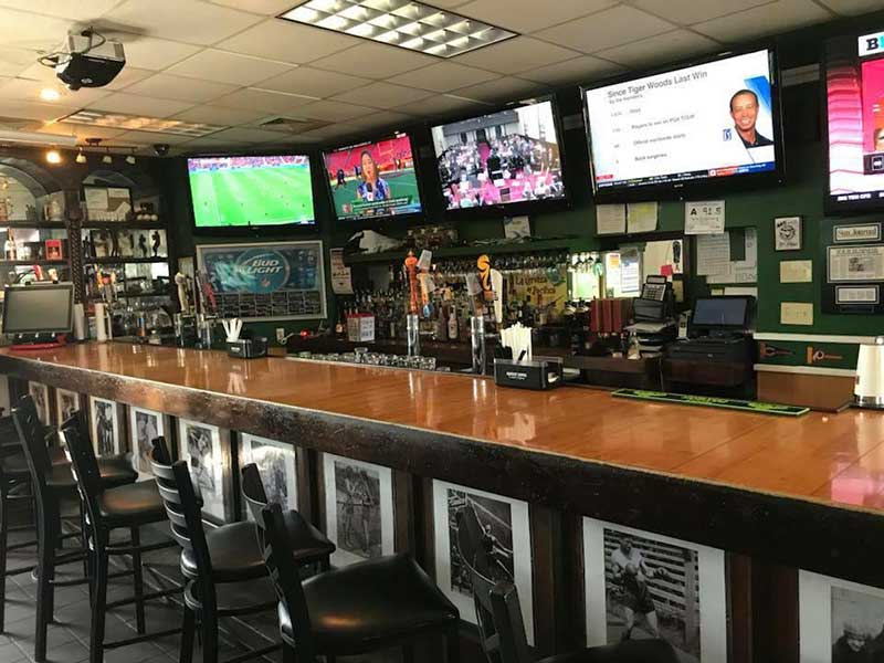 triple-play-sports-bar-image